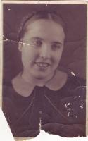 02. Студентка медицинского училища, 1938 г. (?)